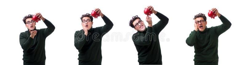 De nerd jonge die man met piggybank op wit wordt geïsoleerd royalty-vrije stock fotografie