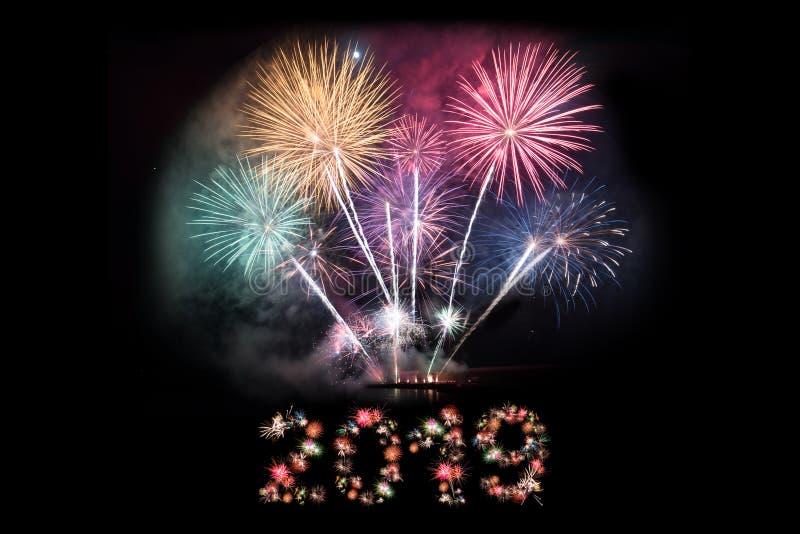 2019 de Nieuwe achtergrond van de jaarvooravond 2019 die aantallen van vuurwerk worden gemaakt stock afbeelding