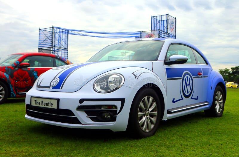 De nieuwe die generatie van Volkswagen Beetle-VW, ook in wereld als Bu wordt gekend stock afbeeldingen