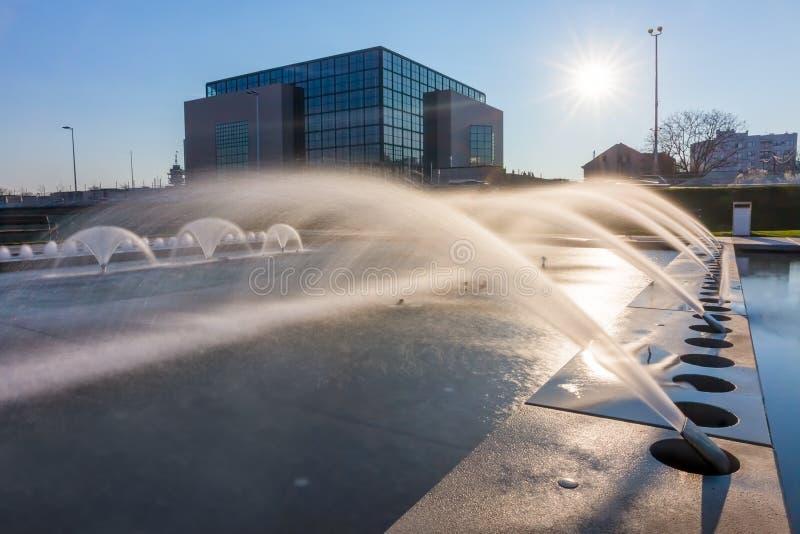 De nieuwe fonteinen van Zagreb - lange blootstelling royalty-vrije stock foto's