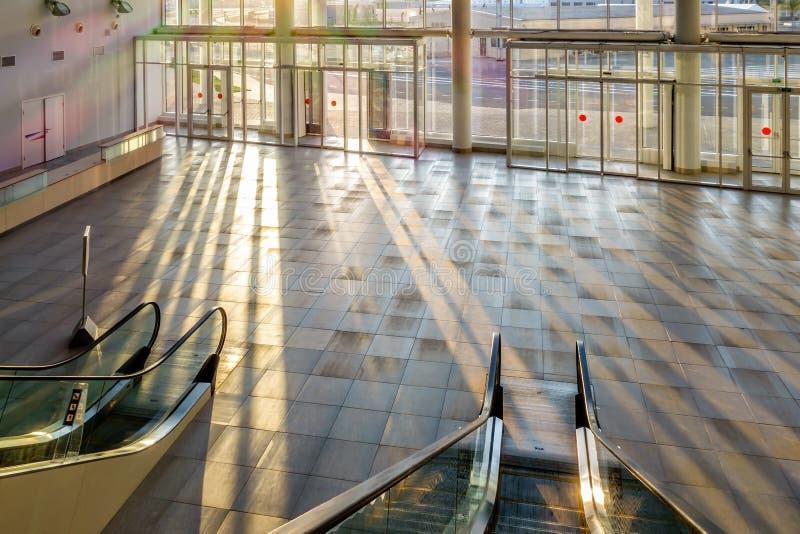De nieuwe moderne bouw van Belangrijkst Olympisch Media Center is nu het trefpunt voor het Russische Internationale Economische F royalty-vrije stock foto's