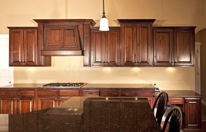 De nieuwe Moderne Keukenkasten van het Huis royalty-vrije stock fotografie