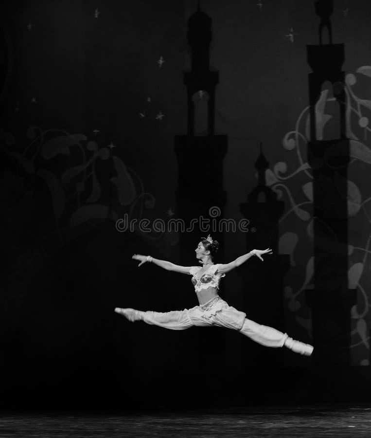 """ de Nights†del """"One mil y uno del ballet de los saltos y de los límites foto de archivo"""