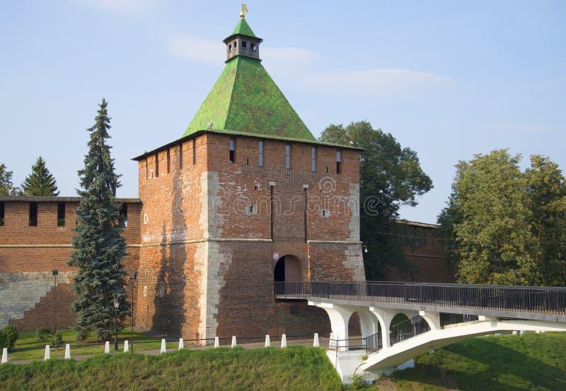 De Nikolskaya-toren van Nizhny Novgorod het Kremlin op een dag in Augustus royalty-vrije stock foto
