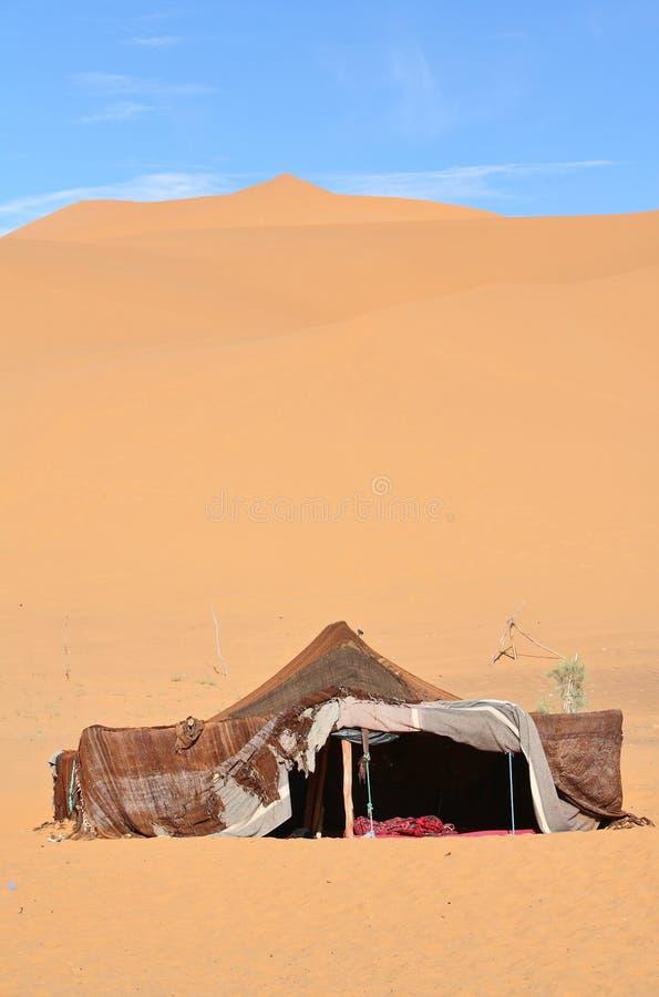 De nomade (Berber) tent stock afbeeldingen
