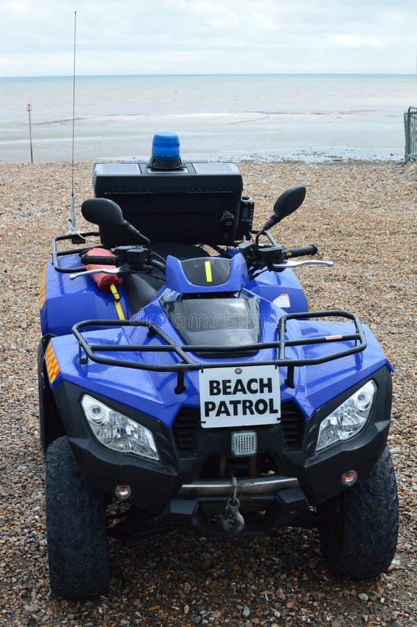 De noodsituatievoertuig van de strandpatrouille stock foto