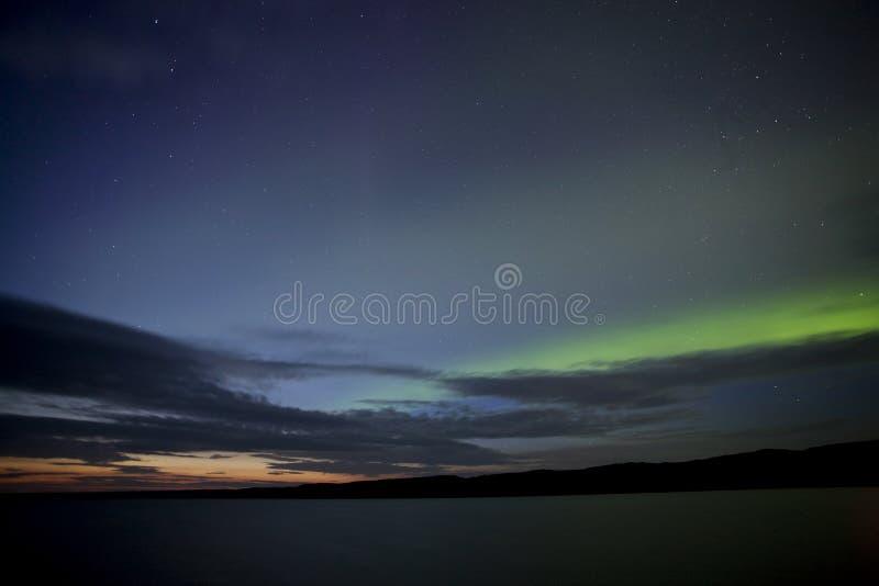De noordelijke avond van het Meer royalty-vrije stock foto's