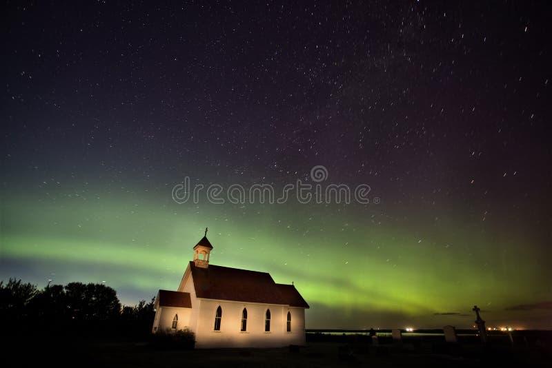 De noordelijke Kerk van Saskatchewan Canada van Lichten royalty-vrije stock fotografie