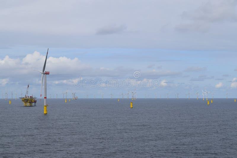 De Noordzee 2019 van het windlandbouwbedrijf royalty-vrije stock foto