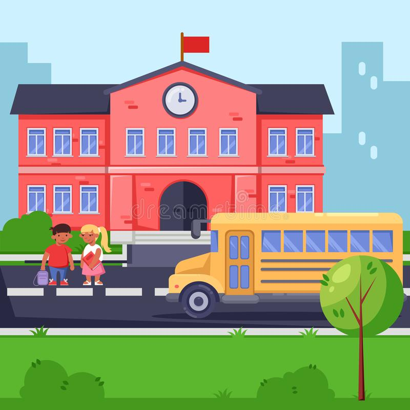 De nouveau à l'école, dirigez l'illustration plate Bâtiment scolaire, autobus jaune et enfants Élèves avec des sacs à dos et des  illustration de vecteur