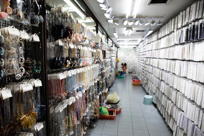 20 de novembro de 2018 - Banguecoque TAILÂNDIA - loja de joia em Banguecoque fotos de stock