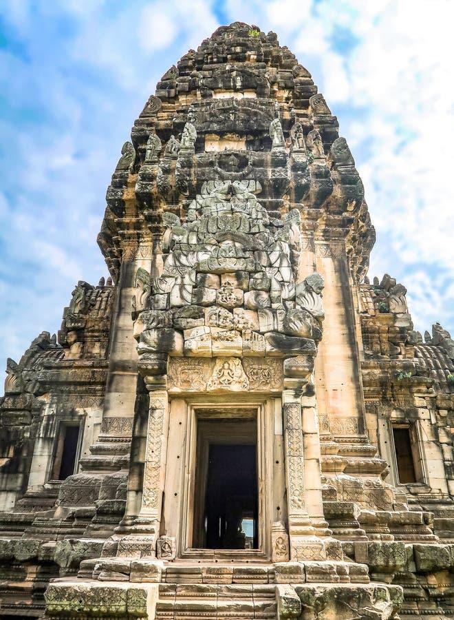 8 DE NOVIEMBRE DE 2018, PROVINCIA DE NAKHON RATCHASIMA, TAILANDIA: Phimai hola imagen de archivo