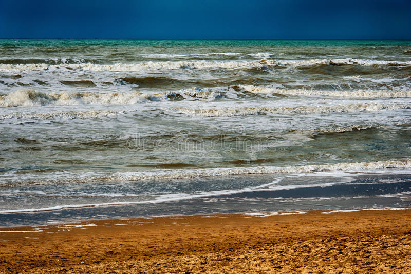 De oceaan van het zandstrand royalty-vrije stock afbeelding