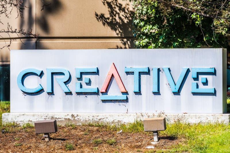 9 de octubre de 2019 Milpitas / CA / USA - Oficinas creativas en Silicon Valley; Creative Technology Ltd. conocido como Creative  fotografía de archivo libre de regalías