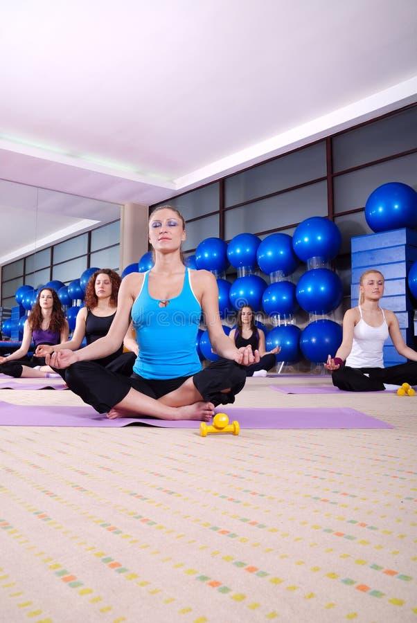 De oefening van de yoga royalty-vrije stock foto's
