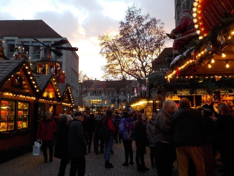 De oerhörda julmarknaderna av Stuttgart, Tyskland royaltyfria foton