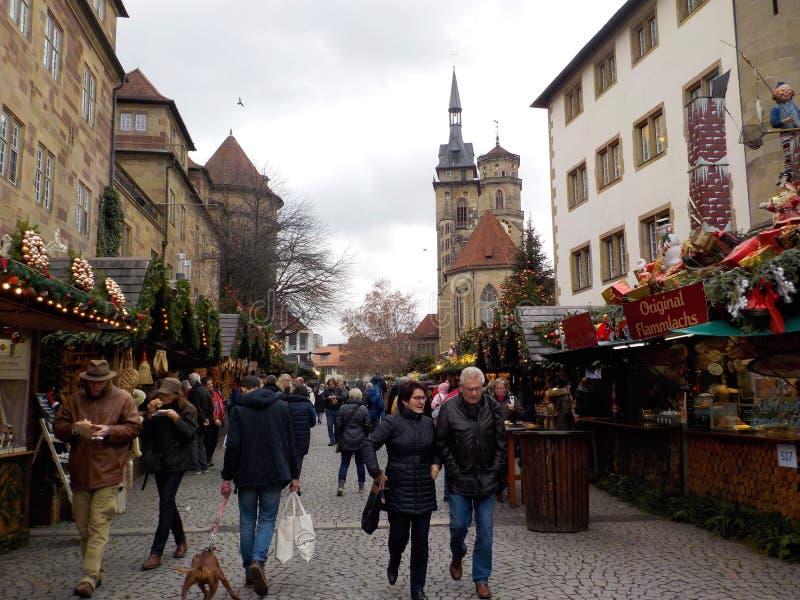 De oerhörda julmarknaderna av Suttrart, Tyskland royaltyfria bilder