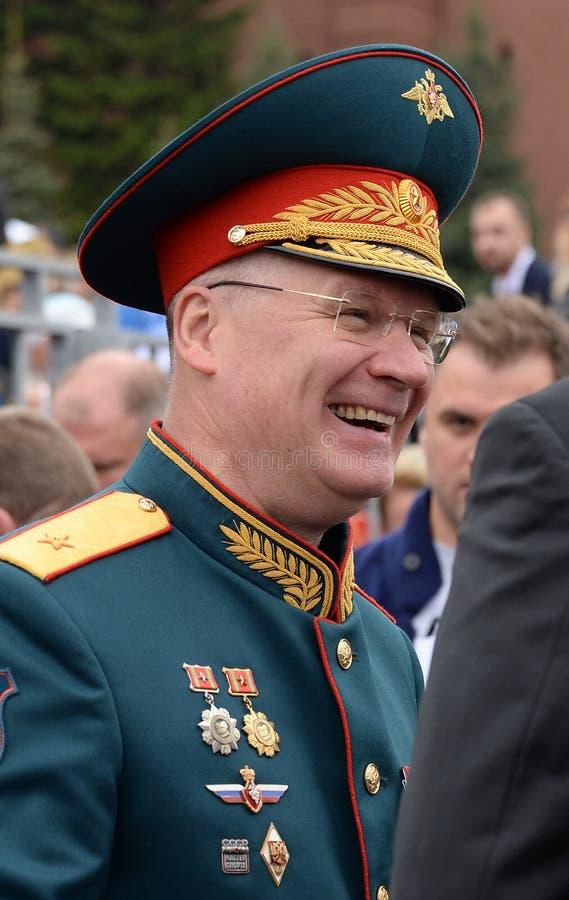 De officiële vertegenwoordiger van het Ministerie van defensie van de Russische Federatie belangrijk Algemeen Igor Konashenkov royalty-vrije stock afbeeldingen