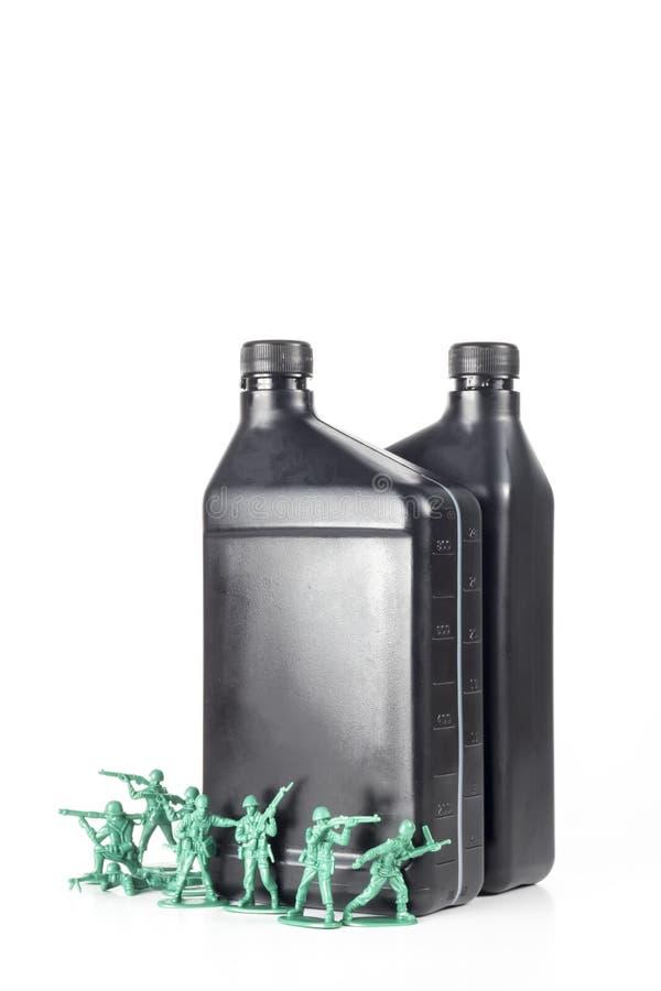 Download De Olie van legermensen stock foto. Afbeelding bestaande uit conflict - 54091524