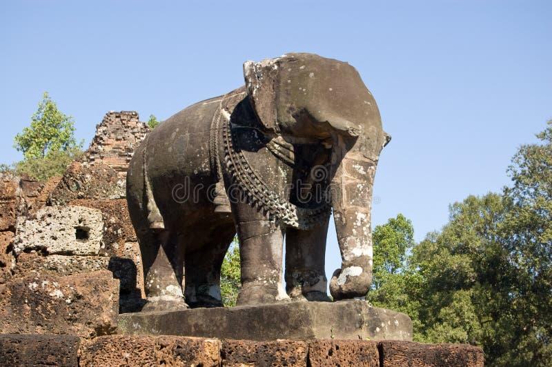 De Olifant van de steen, de Tempel van Mebon van het Oosten, Kambodja stock fotografie