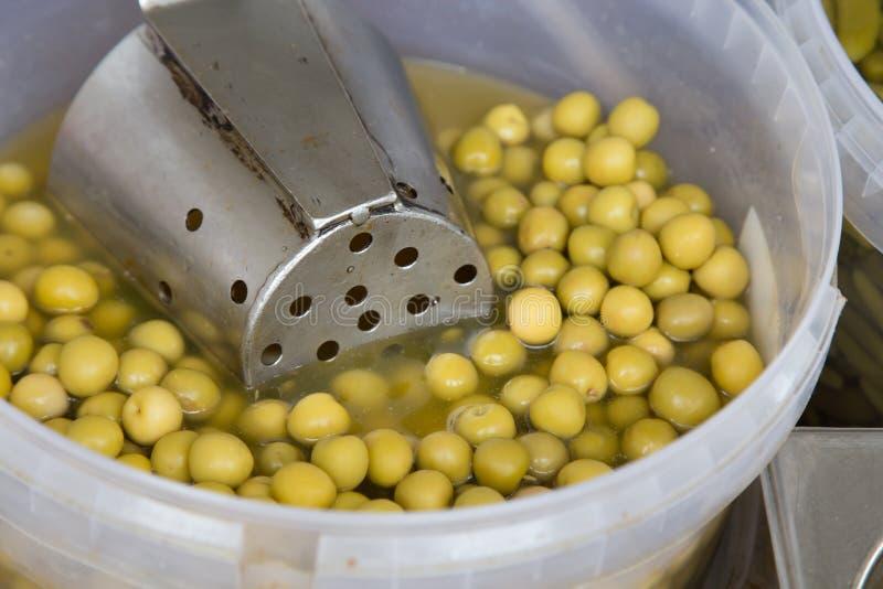 De olijven behouden binnen van een markt royalty-vrije stock foto