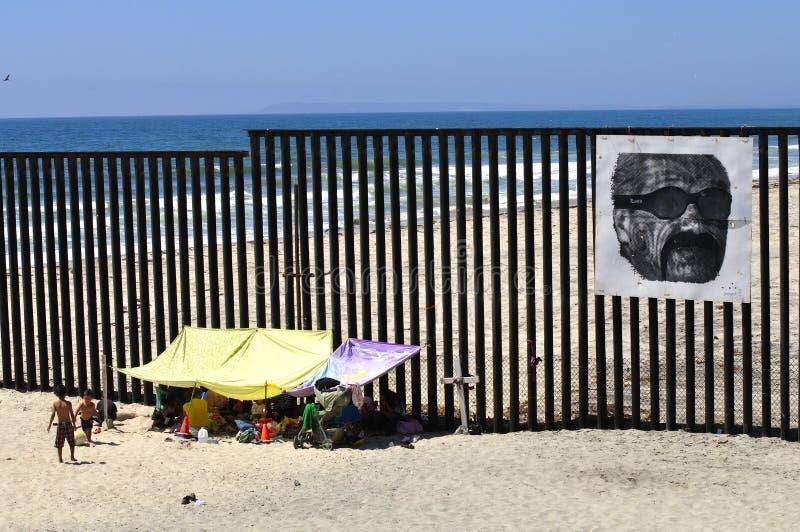 De omheining van de grens stock fotografie