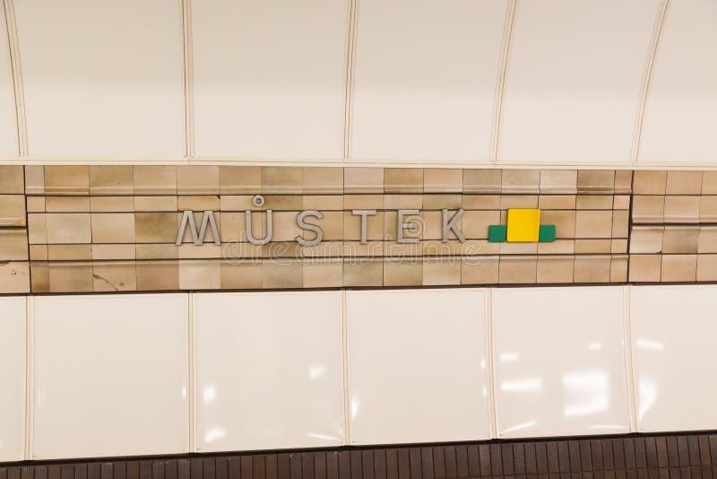 De ondergrondse post van Praag stock afbeelding
