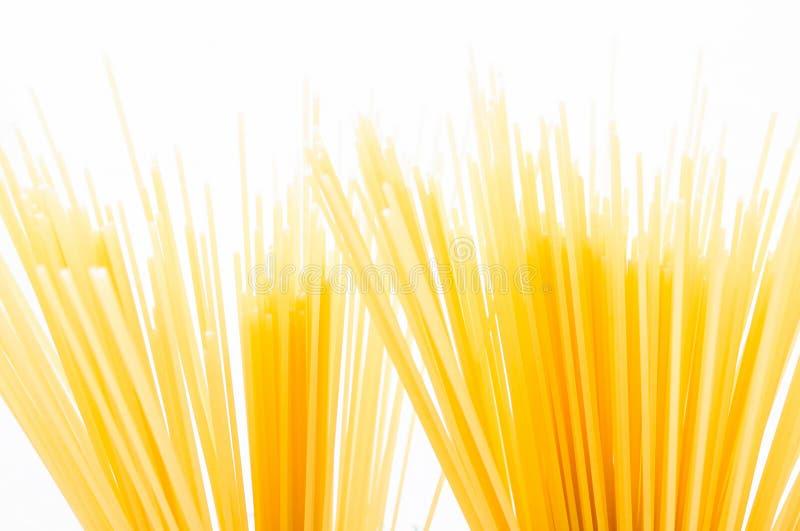 De ongekookte macaroni van de deegwarenspaghetti stock foto