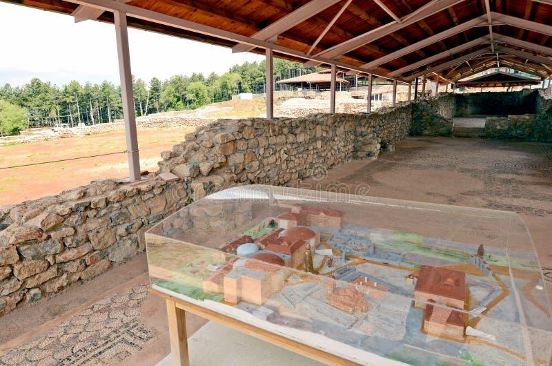 De onlangs gebouwde St Clements Churchn archeologische plaats rond onlangs gebouwde St Clements Church royalty-vrije stock foto's