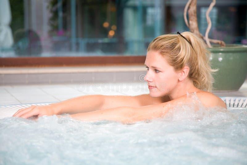 De ontspanning van de sauna stock afbeelding