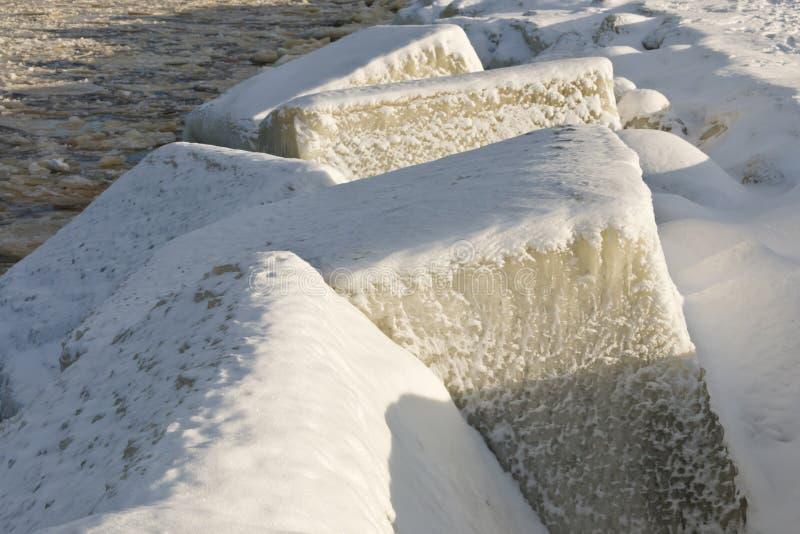 De Oostzeekust in de winter stock foto