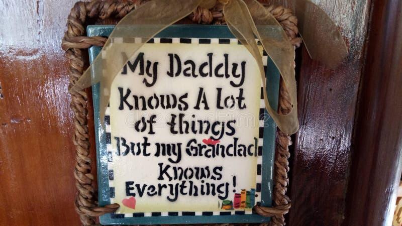 De opa kent alles stock afbeelding