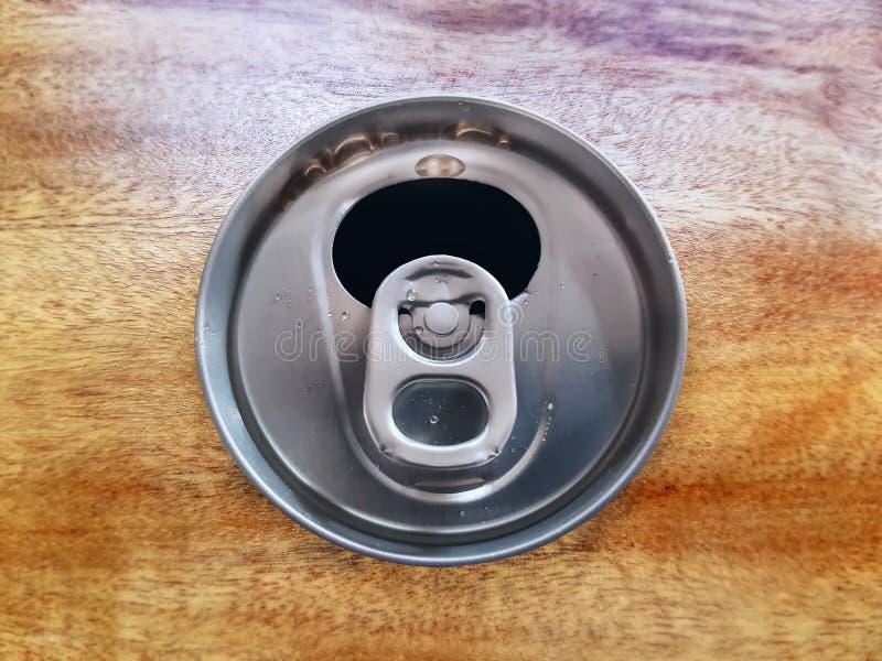 De open Frisdrank kan op Houten indienen royalty-vrije stock afbeeldingen