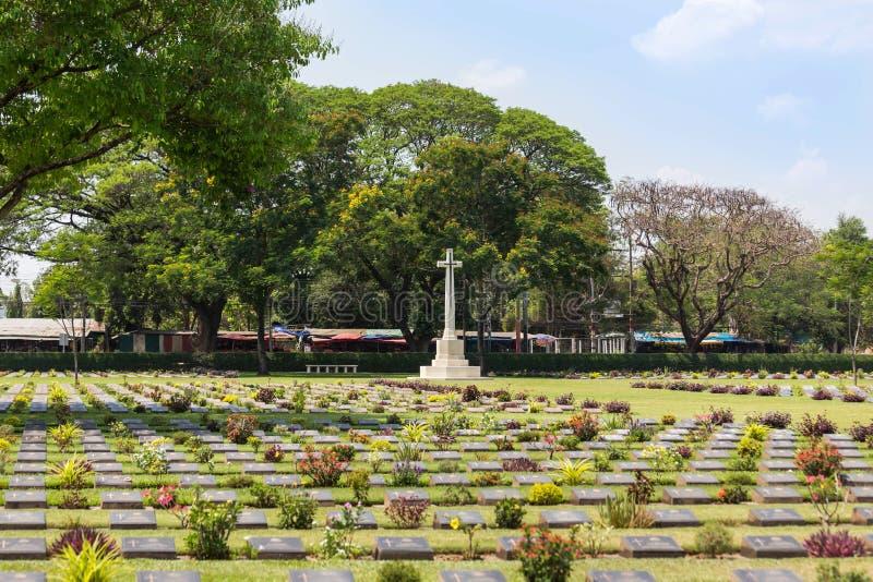 de openbare oorlogsbegraafplaats Don Rak is de historische monumenten van verenigde gevangenen van de Wereldoorlog II in Kanchana stock fotografie