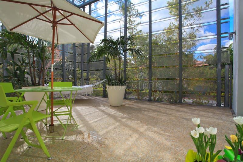 De openluchtruimte van het terrasontwerp stock afbeeldingen