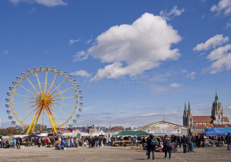 De Openluchtvlooienmarkt van MÜNCHEN royalty-vrije stock foto's