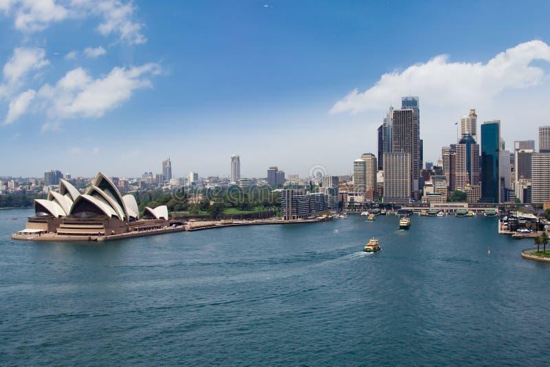De Opera & de stad van Sydney royalty-vrije stock foto