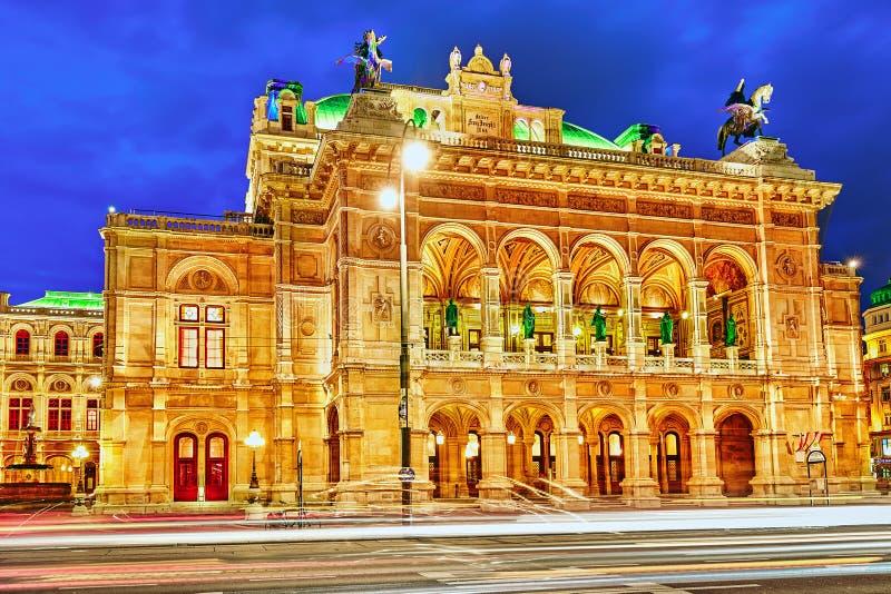 De Opera van de Staat van Wenen is een operahuis stock foto's