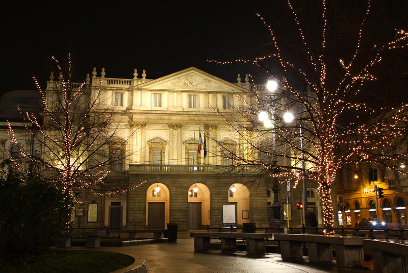De operahuis van het La Scala, Milaan, Italië stock fotografie
