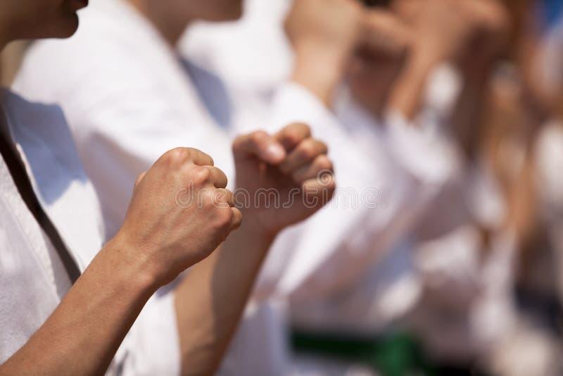 De opleiding van de karate stock foto