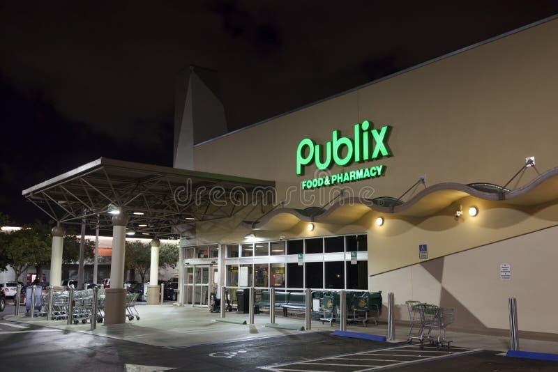 De Opslag van de Publixkruidenierswinkel in Miami, de V.S. stock foto's