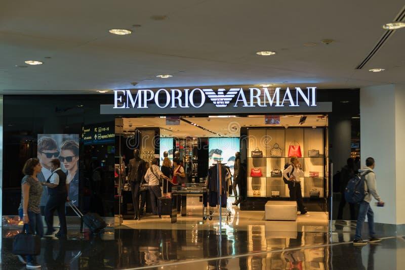 De opslag van Emporioarmani bij de Internationale Luchthaven van Miami royalty-vrije stock afbeelding