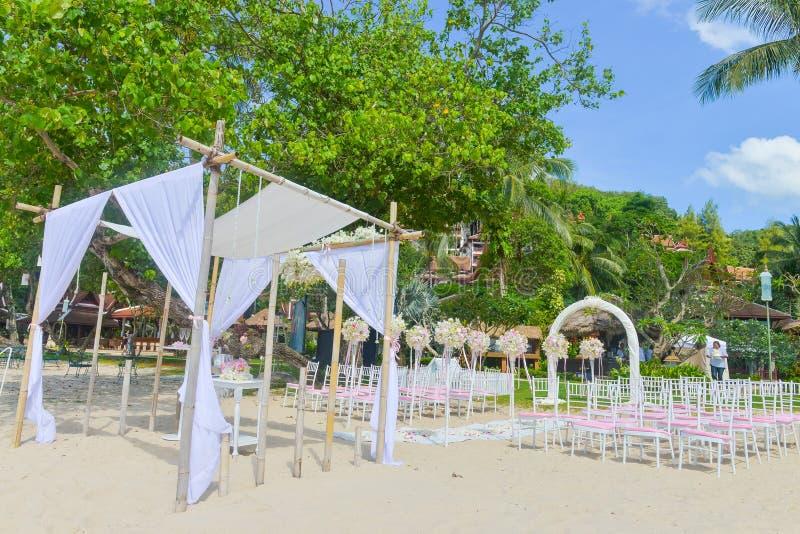 De opstelling van het Bautifulhuwelijk op het strand royalty-vrije stock foto