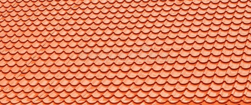 De oranje Tegels van het Dak royalty-vrije stock foto's