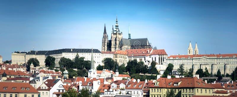 De oriëntatiepunten van Praag stock fotografie