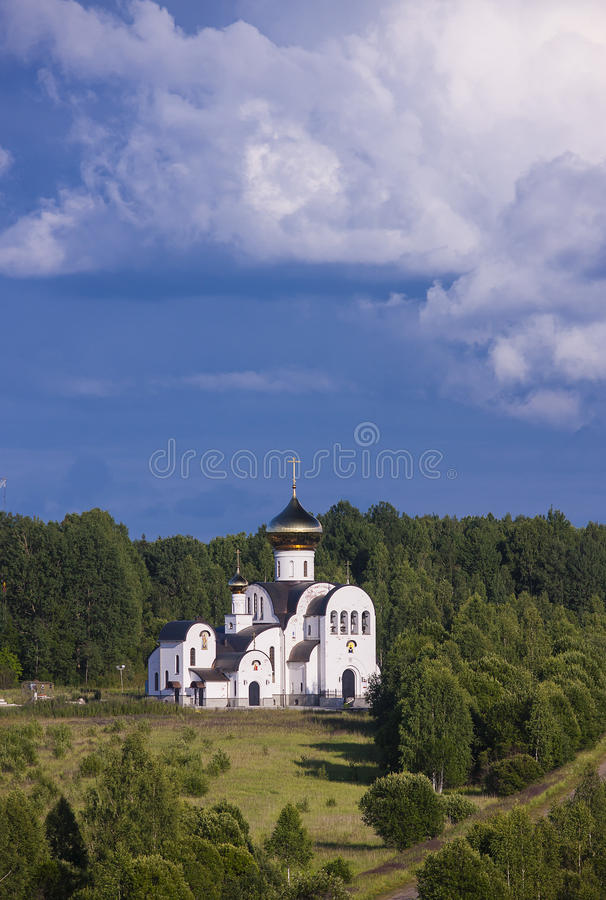 De orthodoxe kerk stock afbeeldingen