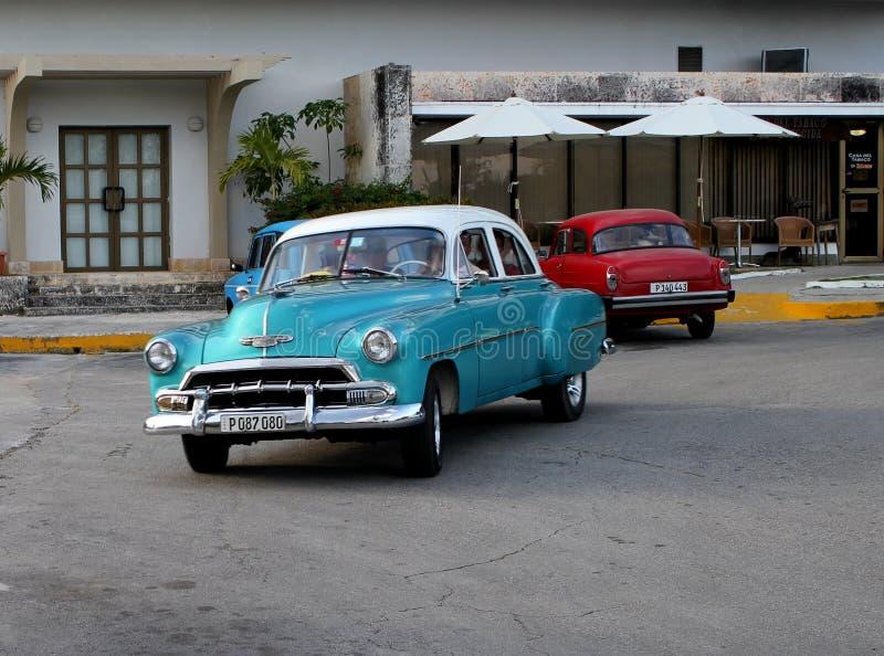 De oude auto's van Cuba nog operationeel en die als taxis worden gebruikt royalty-vrije stock fotografie