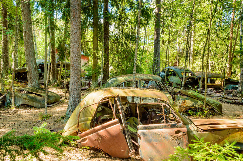 De oude autobegraafplaats stock foto's