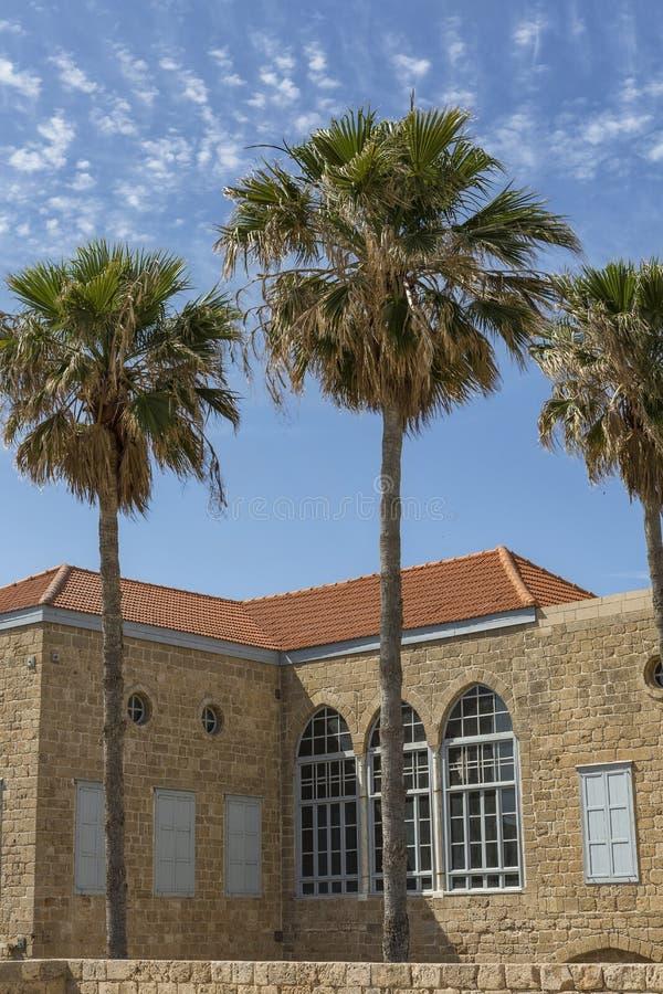 De oude bouw van het vroegere Carmelite klooster in Haifa royalty-vrije stock afbeeldingen