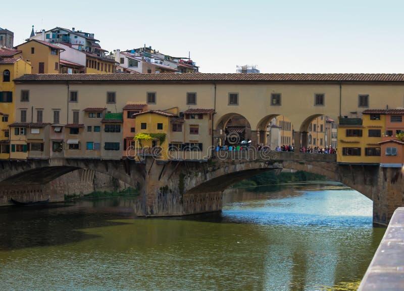 De Oude Brug van Florence stock afbeelding